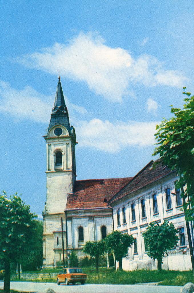 crkva-sv-trojice-pakrac-1980
