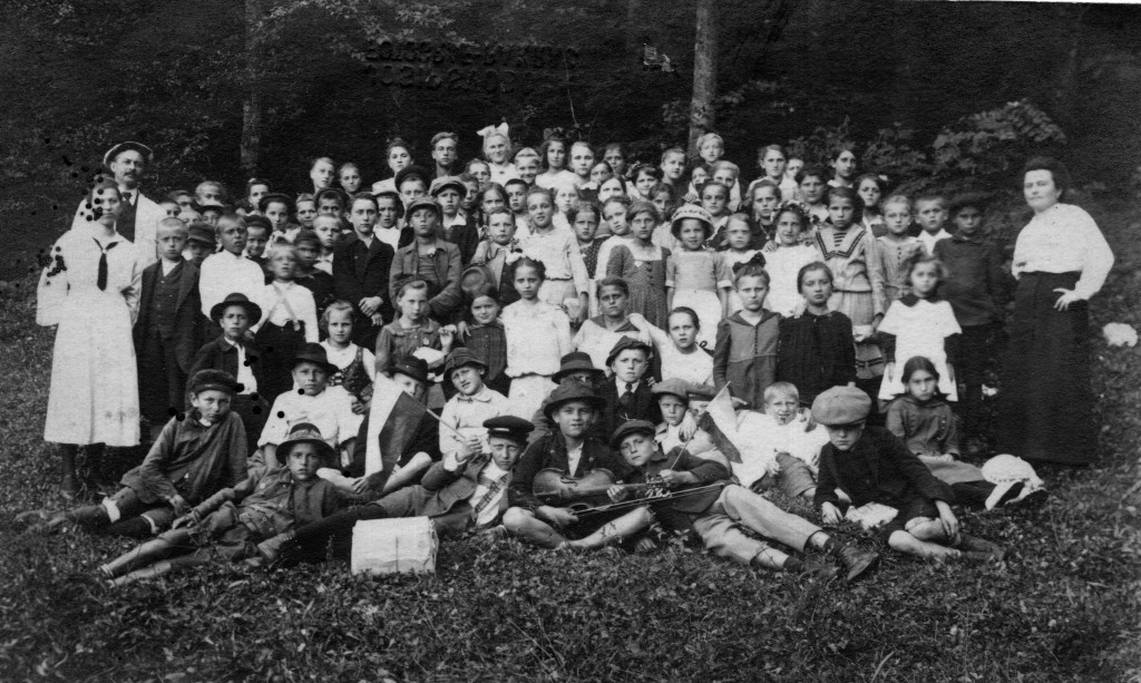 markovac-skola-na-izletu-snimio-josip-svoboda-pakrac-1935