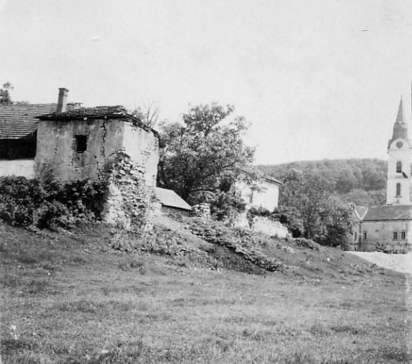 ostaci-starog-grada-pakrac-1947