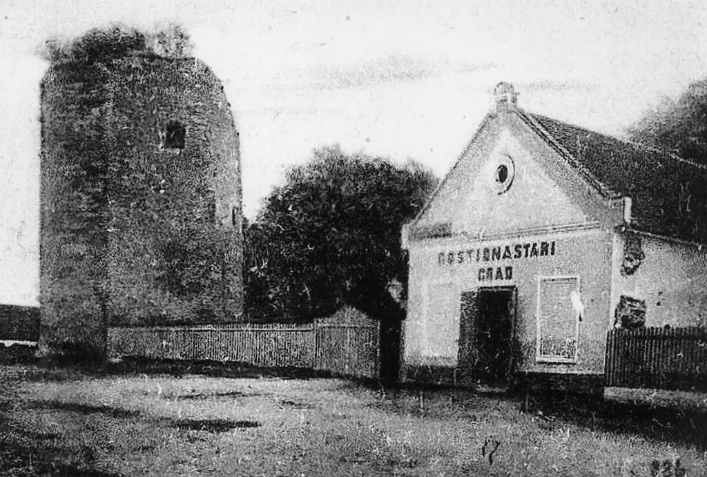 stari-grad-pakrac-oko-1900-danas-trg-bana-jelacica