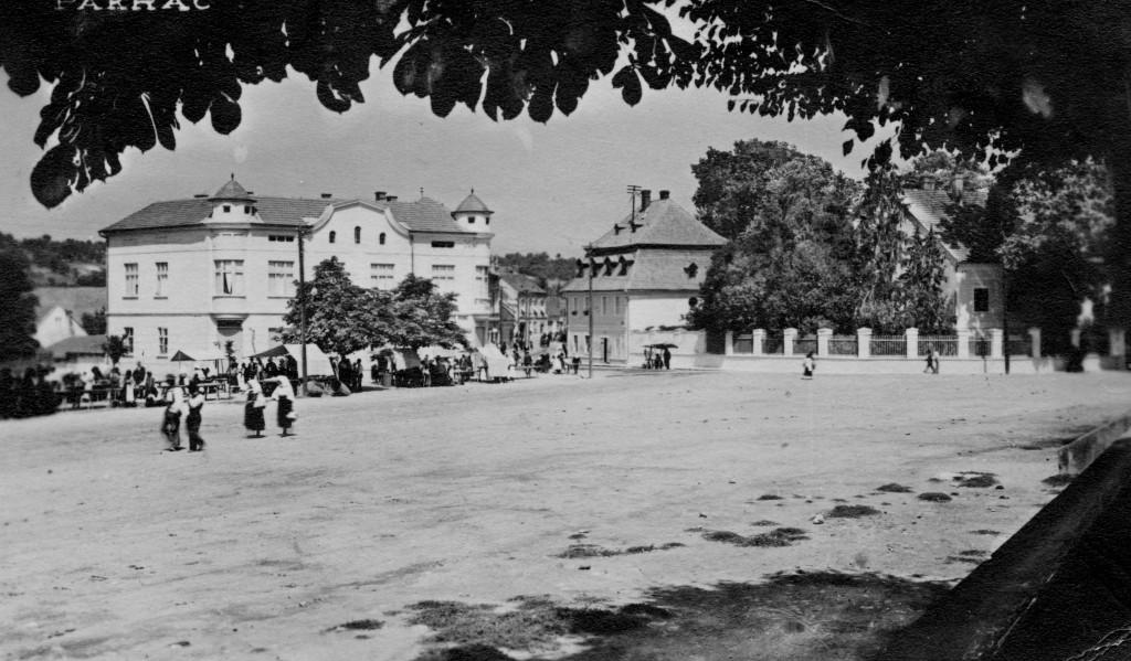 trg-bana-josipa-jelacica-pakrac-1937